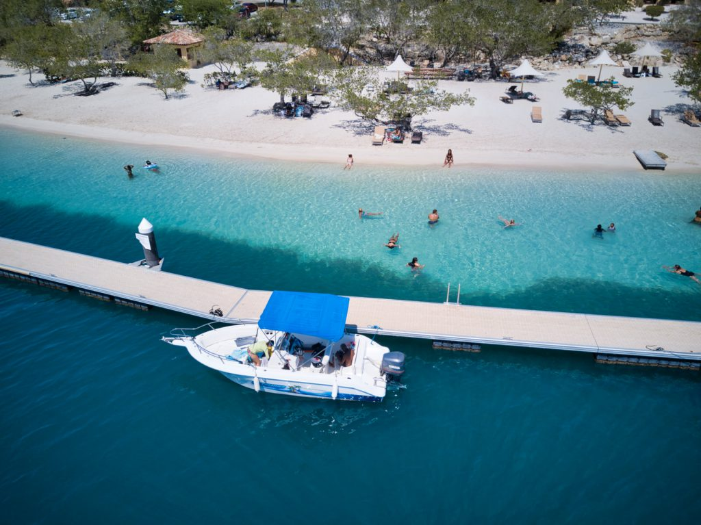 Watersports Curacao - Boat Tours Curacao - Private Boat Trip - All inclusive Package - Wakeboard - Snorkeling