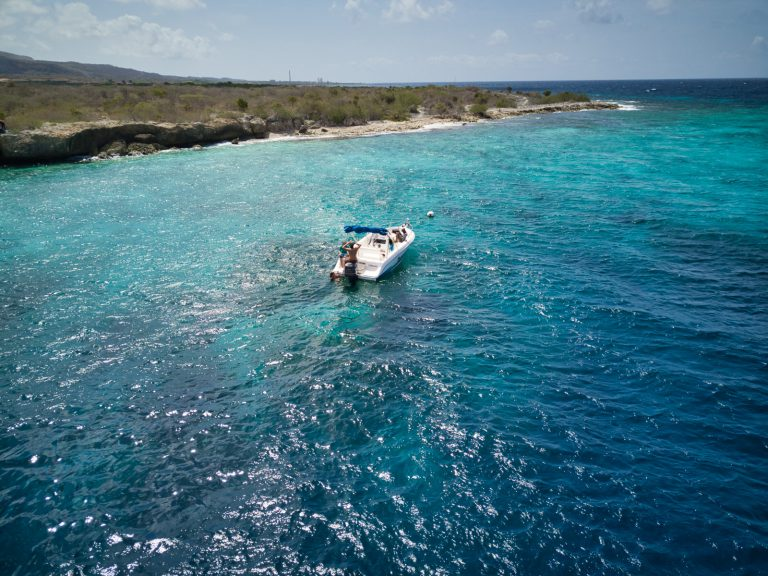 curacao boat rental